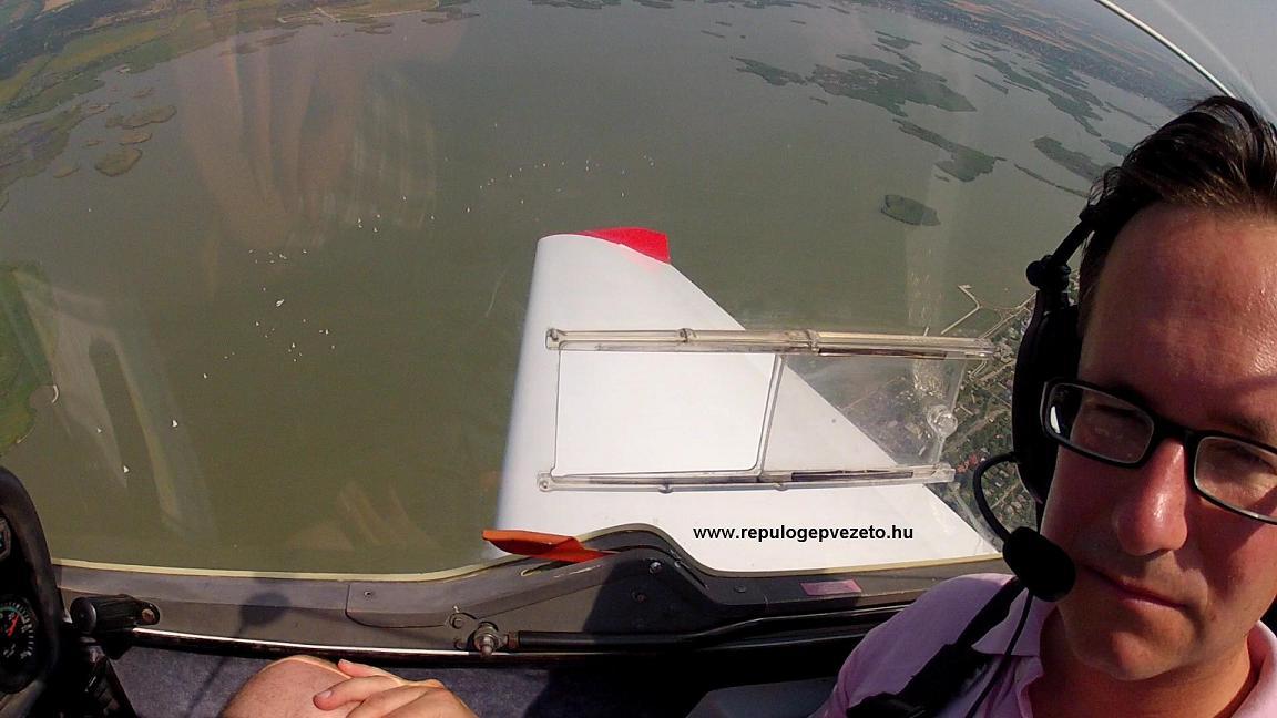Sétarepülés a Velencei-tó felett